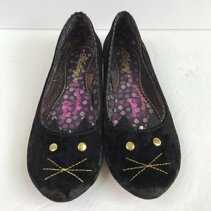 IRREGULAR CHOICE Black Velvet Cat Kitten Flats 37